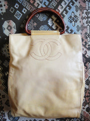 Vintage CHANEL beige caviarskin large shopper, tote bag with CC stitch mark and brown handles. Perfect daily use bag