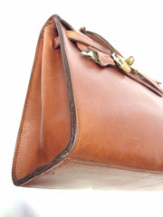 Vintage Mulberry smooth brown leather Kelly bag with keys and padlock. Roger Saul era. Rare masterpiece you must get.