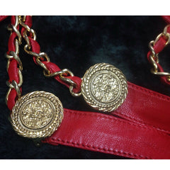 Vintage CHANEL lipstick red chain leather belt with golden CC charms. Must-have belt from CHANEL. Can be a chain necklace.