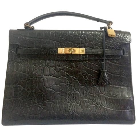 Vintage Mulberry croc embossed black leather Kelly bag. Classic handbag from Roger Saul era. Rare masterpiece you must get.