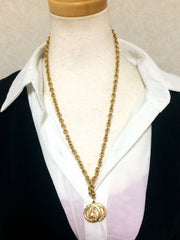 Vintage CELINE golden Eiffel tower and Triumphal arch pendant top chain necklace. Perfect jewelry. Made in France