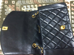 MINT. Vintage CHANEL black lambskin classic 2.55 chain shoulder bag with golden CC. Best vintage purse for rest of your life.