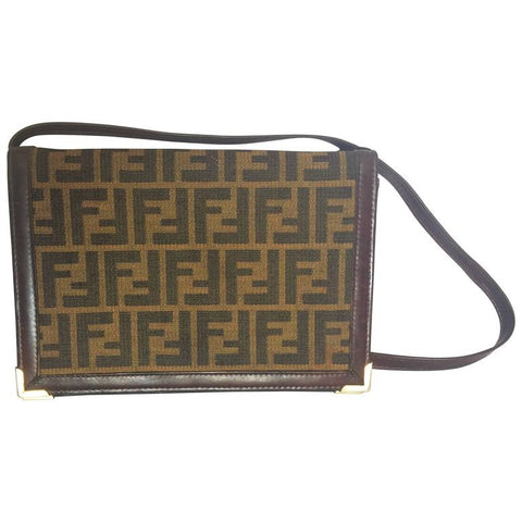 Vintage Fendi jacquard fabric shoulder purse, clutch bag with leather trimmings. Very classic and elegant masterpiece.