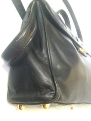 Vintage FENDI genuine black leather kelly style shoulder bag with croc-embossed leather and FF logo. Rare masterpiece