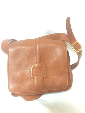 Vintage Gucci genuine brown leather shoulder bag with horsebit embossed flap. Unisex purse.