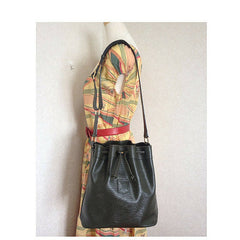 Vintage Celine olive green, khaki, leather hobo bucket shoulder bag with drawstring. classic purse. unisex