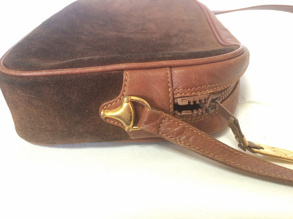 34b09f02872c ... Vintage Gucci brown suede oval shape shoulder purse with riri zippers.  masterpiece of old gucci ...