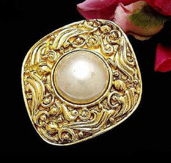 SOLD OUT: Vintage CHANEL faux pearl and gold tone brooch. Gorgeous motifs.