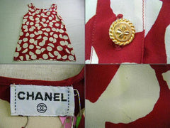 Vintage CHANEL big polka dot pattern dress with gold tone buttons. Let yourself be the vintage Chanel queen.