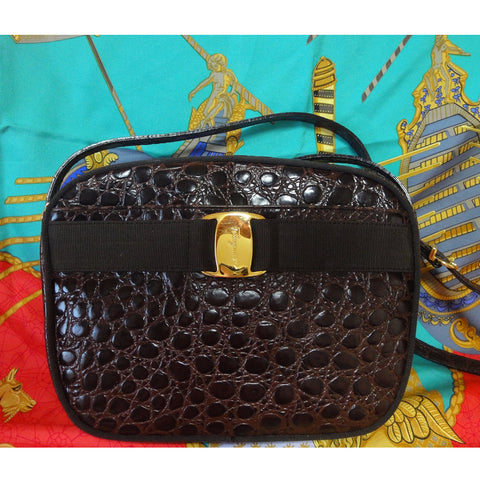 SOLD OUT: Vintage Salvatore Ferragamo darkbrown croc embossed genuine leather shoulder purse from vara collection.