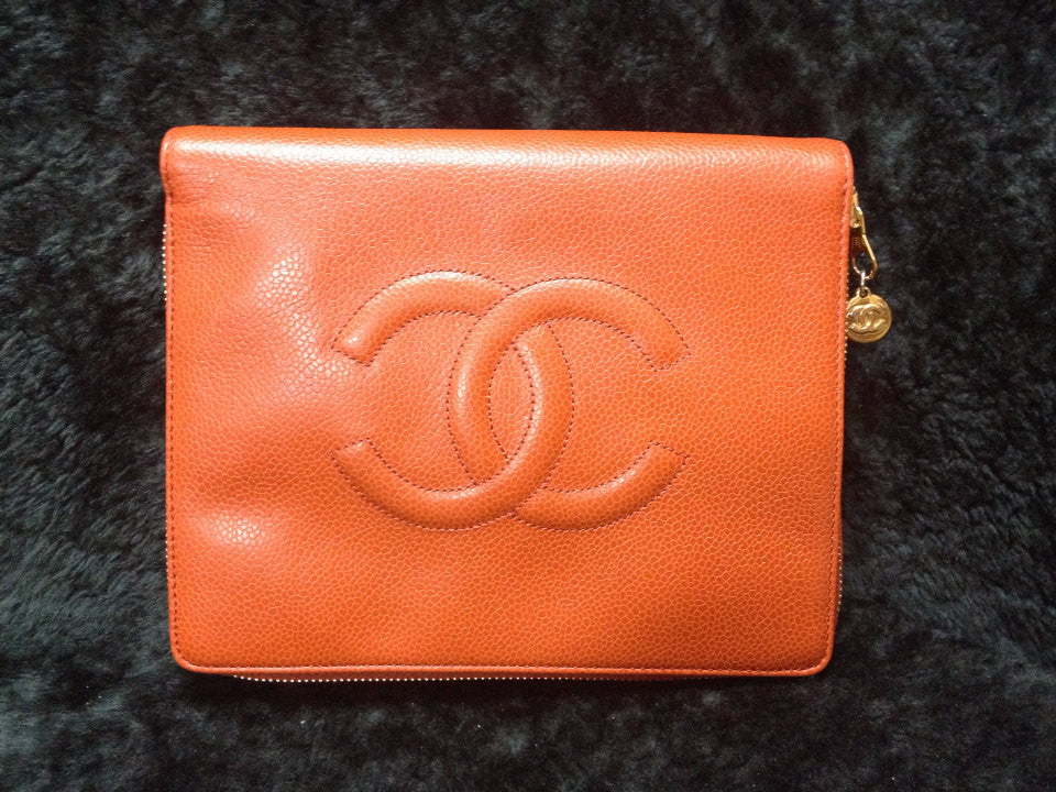 MINT. 90's Vintage CHANEL orange caviarskin travel and cosmetic case pouch, mini bag. Best jewelry case for your trip.