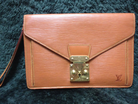 90's Vintage Louis Vuitton epi brown clutch purse. LV epi pouch for unisex use.