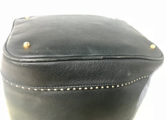 Vintage Valentino navy leather hobo bucket shoulder bag with embossed V logo and drawstring. Classic daily use bag.
