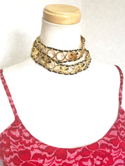 Vintage CHANEL golden skinny chain and leather belt with clovers and hoop motifs. Can be necklace too.
