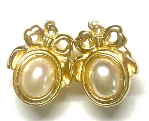 MINT. Vintage Christian Dior oval shape faux pearl earrings with CD logo. Edwardian design jewelry. Perfect gift.