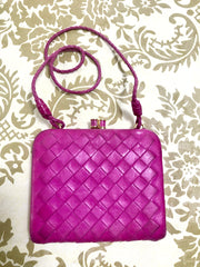 Vintage Bottega Veneta intrecciato woven leather wallet, coin case, purse in hot pink. Fun and hot gift