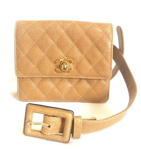 Vintage CHANEL beige brown caviarskin waist purse, hip bag, fanny pack with golden CC mark. Classic 2.55 design.
