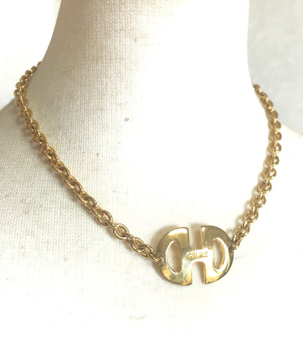 Vintage CELINE golden chain necklace with enbossed logo horsebit pendant top. Perfect jewelry that fits any occasions.