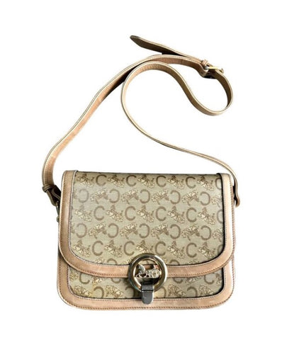 Vintage Celine beige macadam and blason pattern classic shoulder bag with golden logo motifs. Classic bag from Celine Diffusion line.