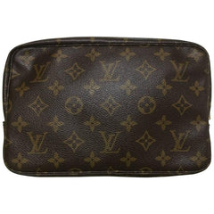 80's Vintage Louis Vuitton classic monogram cosmetic and toilet pouch bag. Unisex use for all generations.