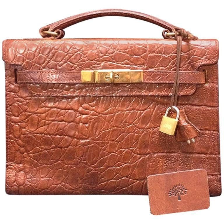 Vintage Mulberry croc embossed brown leather Kelly bag with keys and padlock. Roger Saul era. Rare masterpiece you must get.