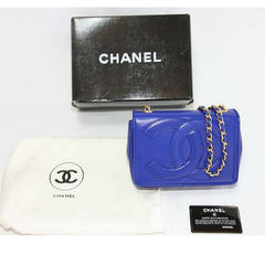 MINT. Vintage CHANEL blue lambskin chain shoulder clutch bag with large CC stitch mark. One of a kind rare bag for collector.