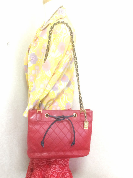 8631fed834d7 Reserved for Mallory. Vintage CHANEL classic tote bag in red leather ...