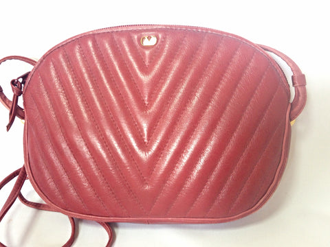 Vintage Valentino Garavani wine burgundy leather clutch, mini shoulder bag with V stitches and golden motif. Classic purse