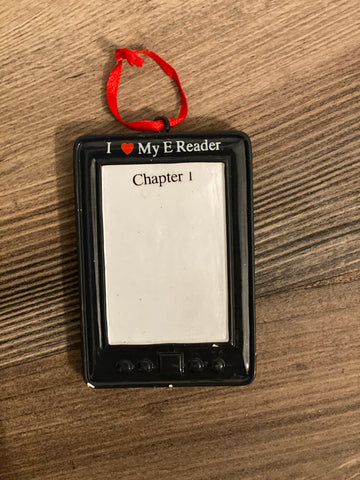e-reader- Personalized Christmas Ornament