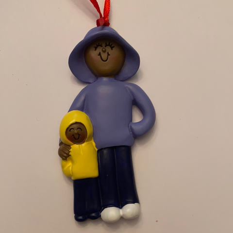 Mom & Child, dark skin-Personalized Christmas Ornament