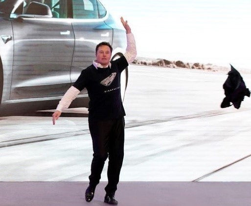 Tesla CEO Elon Musk attend a delivery Ceremony of Made-in-China Model 3s in Shanghai Gigafactory 3: Let's dance