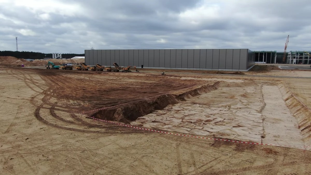 Tesla Begins Construction of a Warehouse at Giga Berlin, Which May Become a Battery Factory