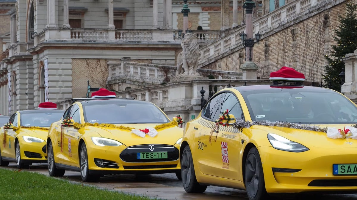 Tesla Taxi Convoy in Hungary Sets the Holiday Vibe in a Time We Could All Use a Little Love