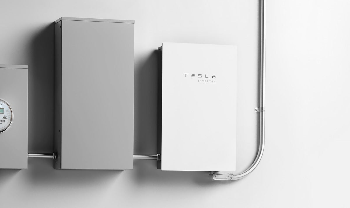Tesla Introduces its Own Solar Inverter as Tesla Energy Continues to Accelerate Growth