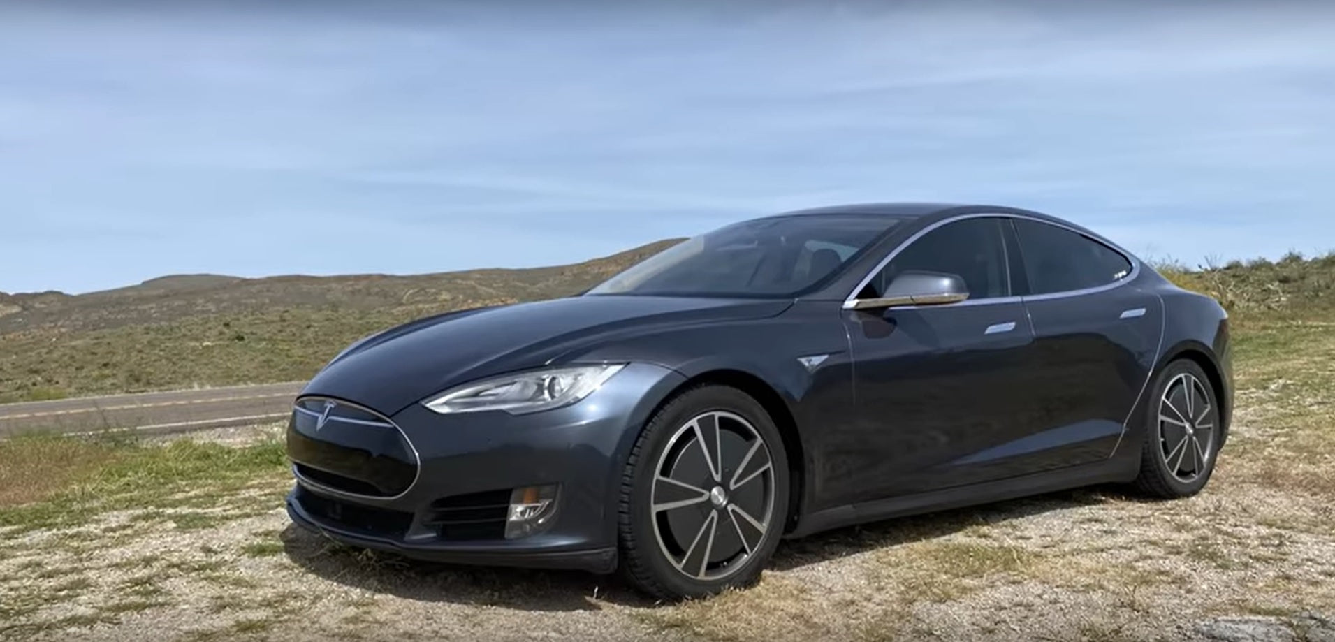 How's Tesla Battery Perform After 146K Miles and 1K Times Charging?