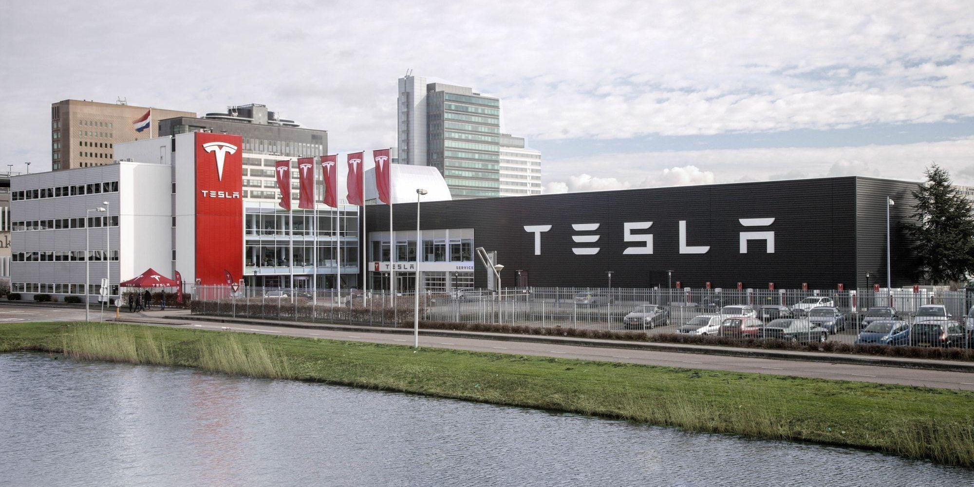 The Netherlands has surpassed 20 000 Tesla Model 3 registrations