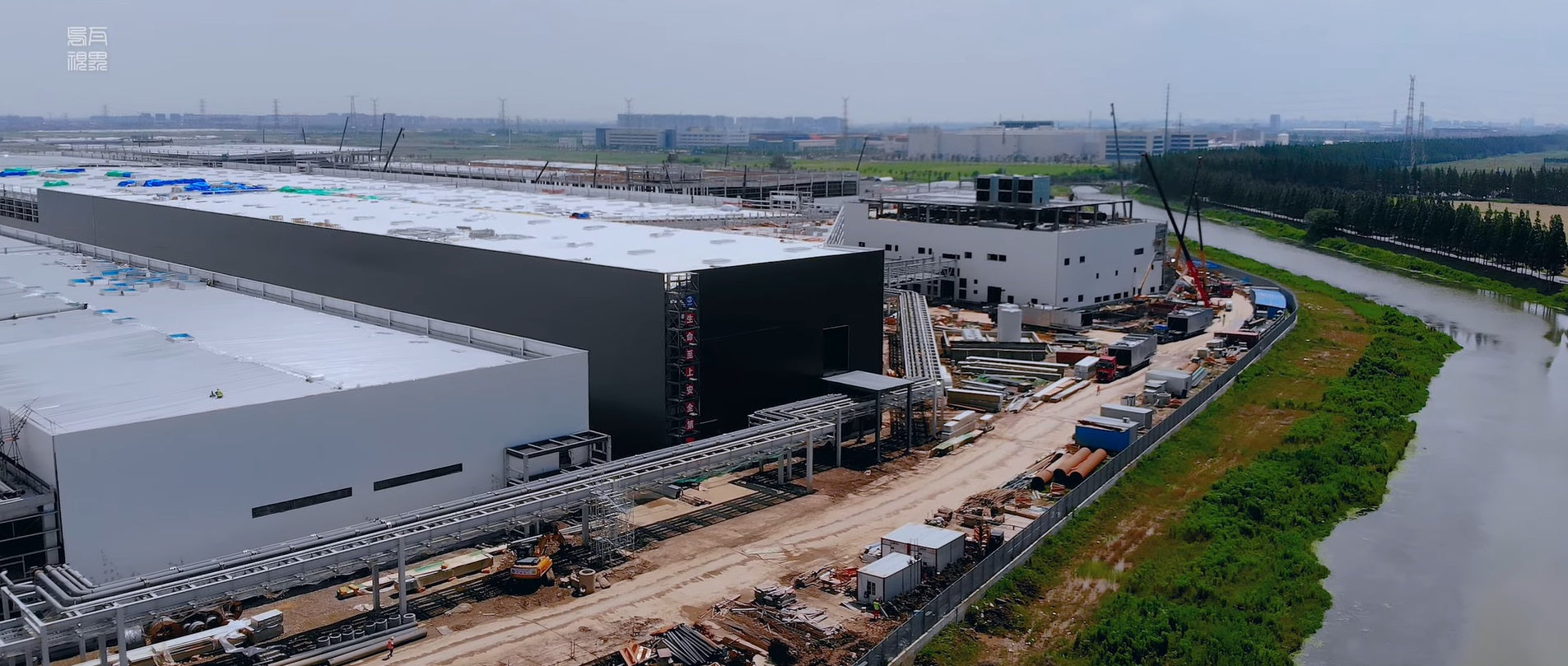 Tesla Giga Shanghai Almost Completes Phase 2 Building for Model Y Production