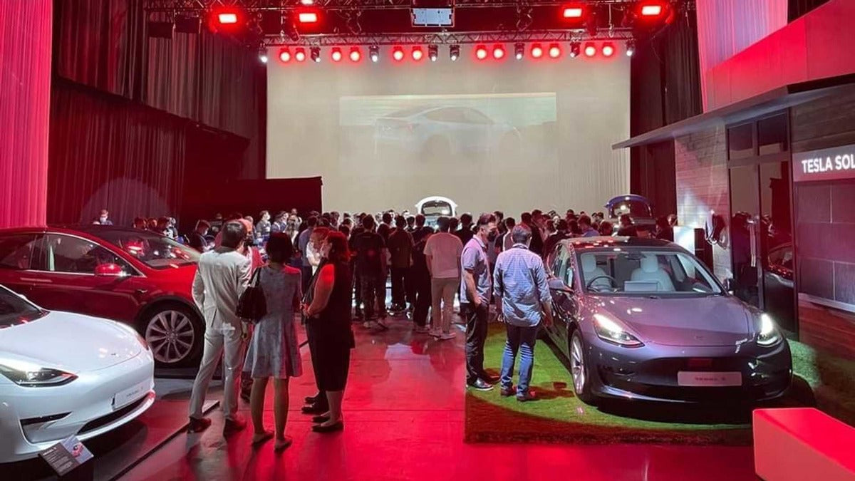 Tesla Launches Model Y in Hong Kong, with Deliveries to HK & Macau to Begin September