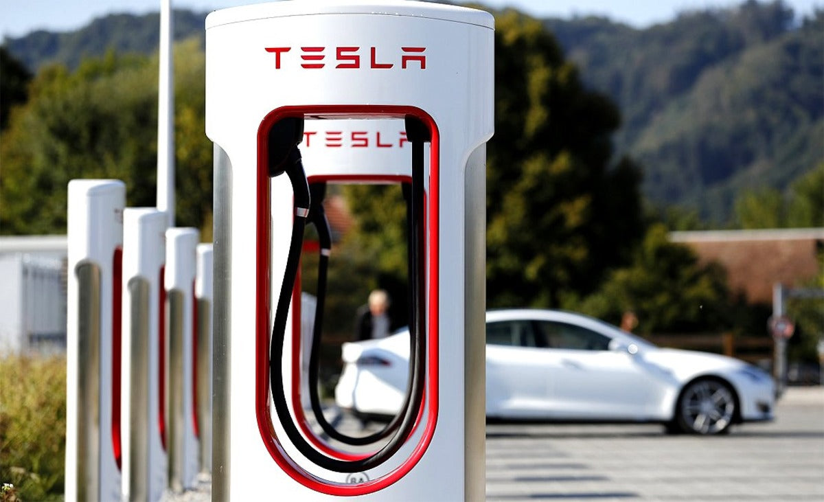 Tesla Supercharger Network Secures its Victory in the EV Market, & Harvard Business Agrees
