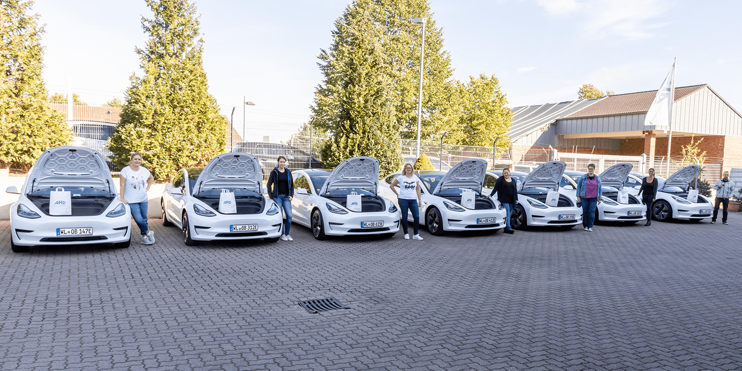 Tesla in Germany: The Nursing Service Has 9 Teslas and 2 Model Ys on Order