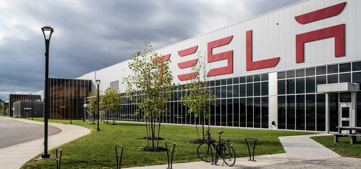 Tesla Seeks to Expand Giga New York, Lists New Construction Jobs