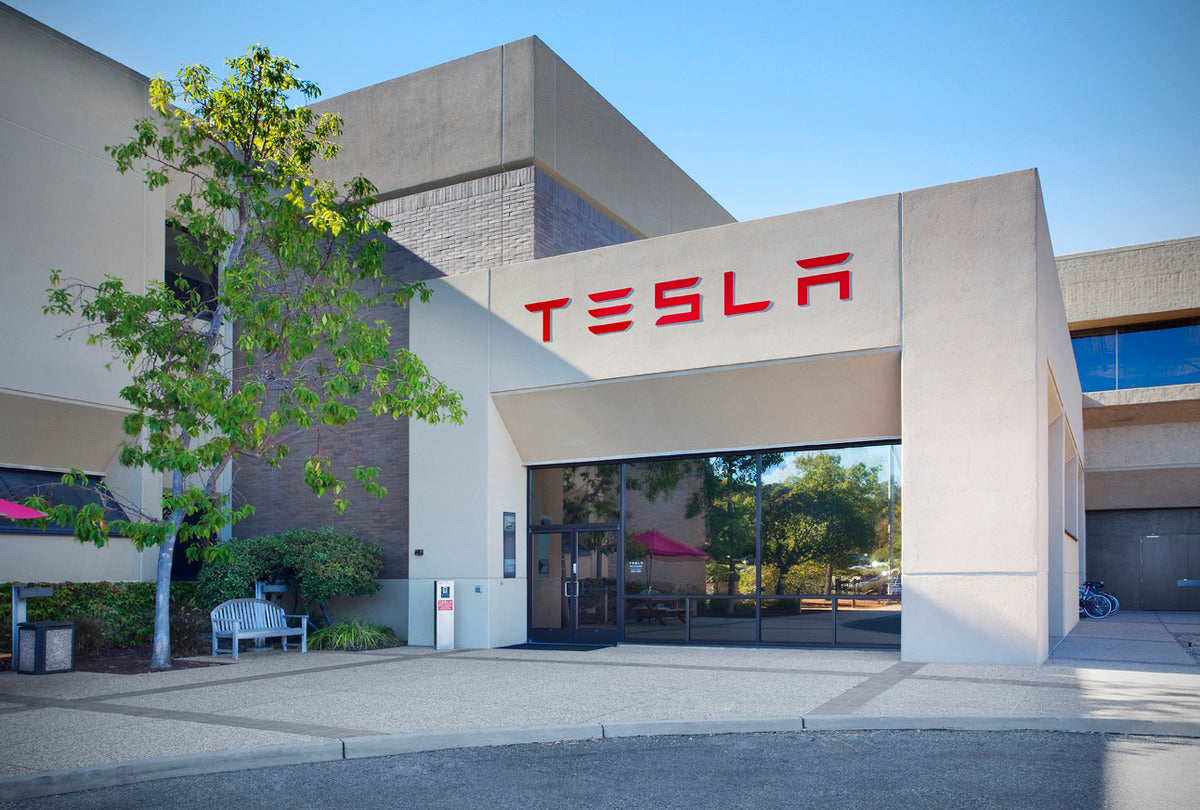 Tesla to Pay $1.5M in Compensation to Owners for Lowering Battery Voltage, as it Can Admit its Mistakes
