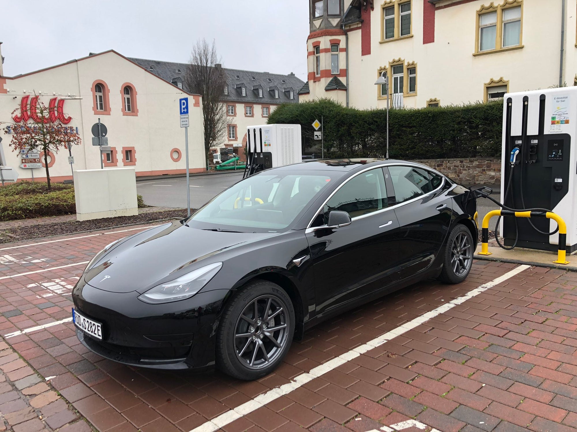 Tesla Model 3 Is Now the Official Car of the Mayor of Eltville am Rhein, Germany