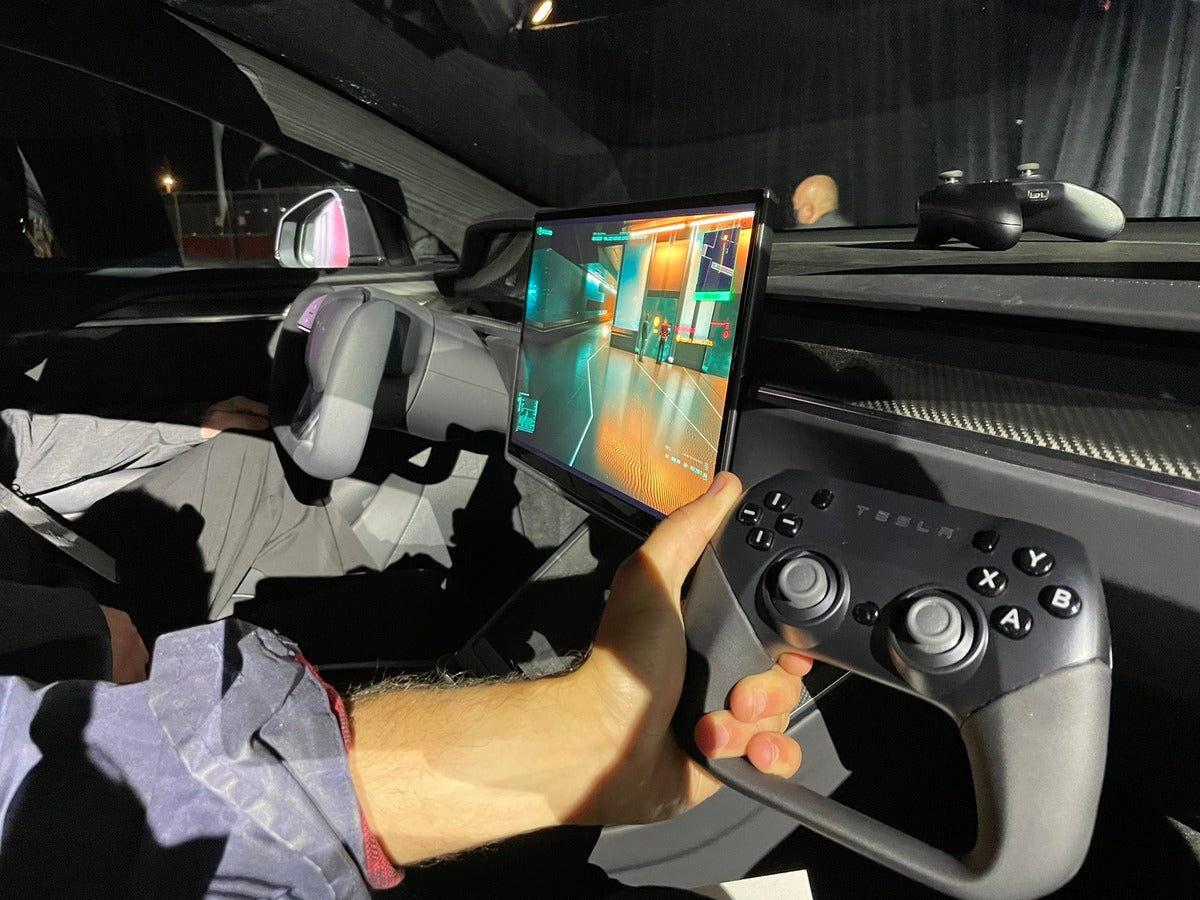 Tesla-Designed In-Car Gaming Controller Revealed During Model S Plaid Delivery Event