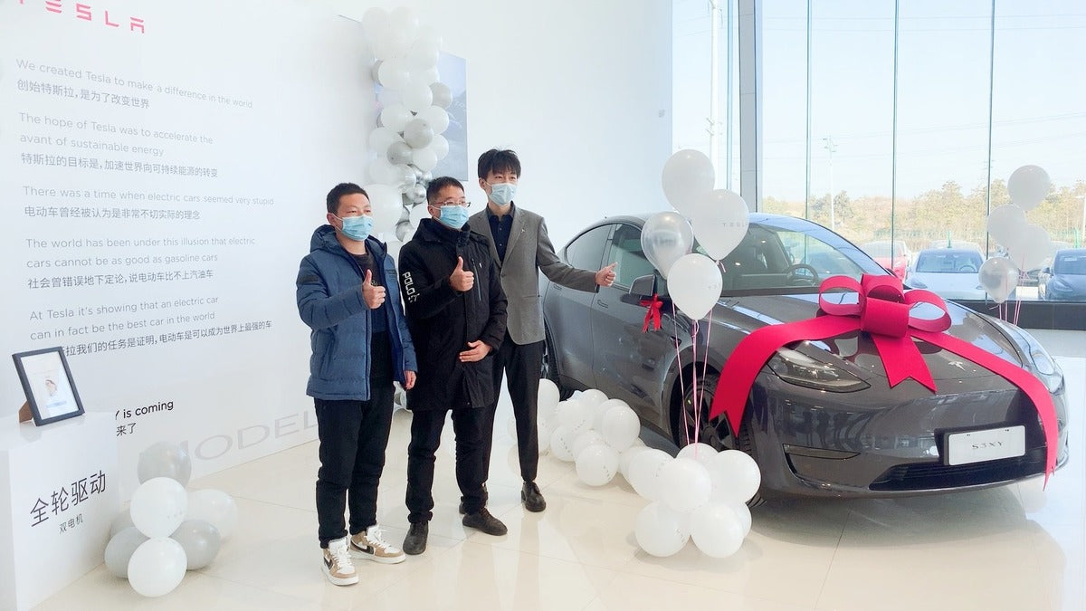 Tesla MIC Model Y Deliveries Have Begun, Fans in China Ecstatic
