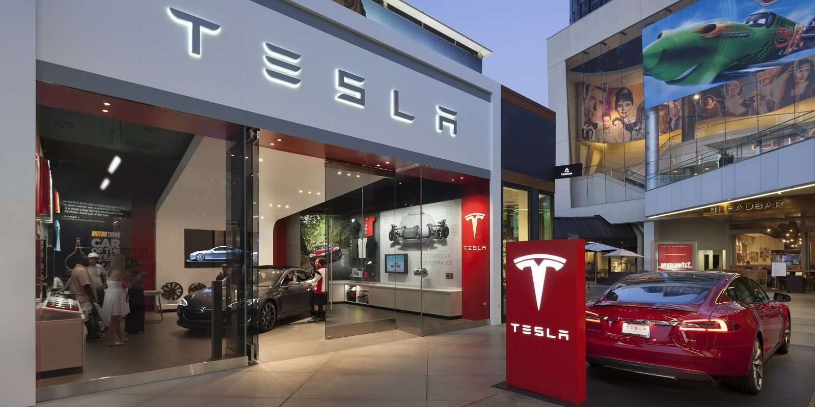 Tesla Job Posts Hint It Will Enter Singapore Market Soon