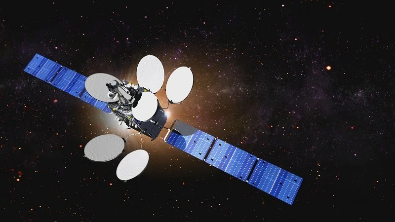 Intelsat selects SpaceX and Arianespace as launch providers to deploy satellites that will enable 5G