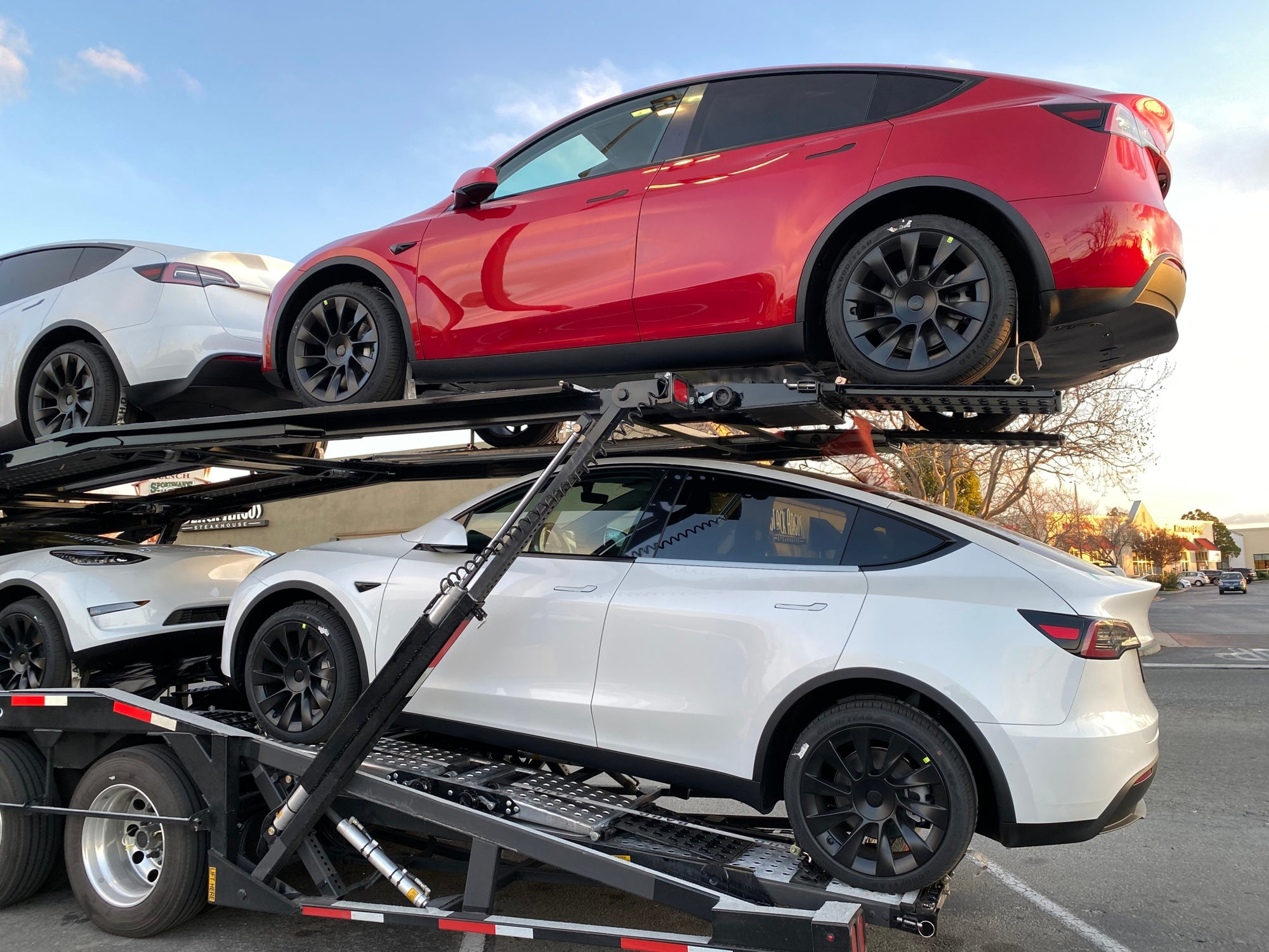 Tesla Continues With The Exponential Growth of Total Deliveries Up 40% YoY