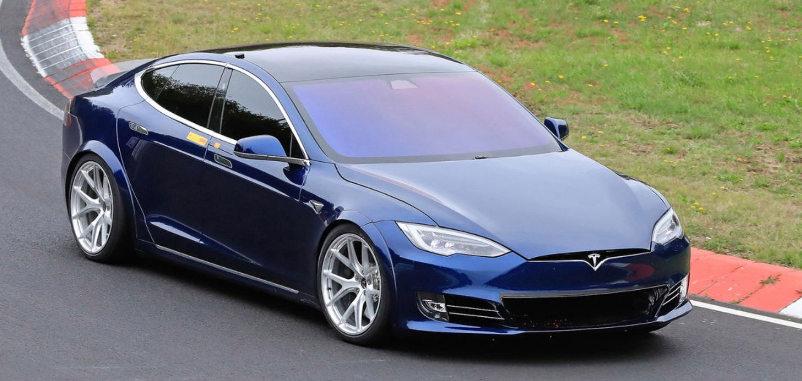 Tesla Model S/X Performance Raven Will Get New Launch Mode