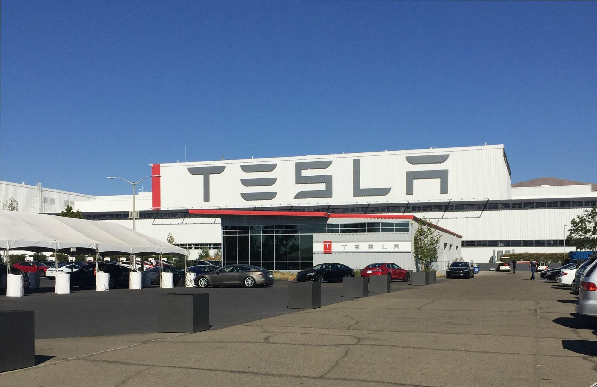 Tesla Fremont Factory May Reopen May 8th